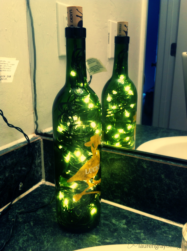 Bright Wine Glass Christmas Light