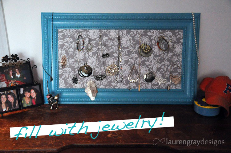 DIY Crown Molding Jewelry Frame @ infinite.nu