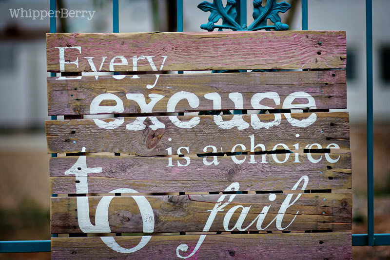 13 ways to DIY quotes on canvas or wood