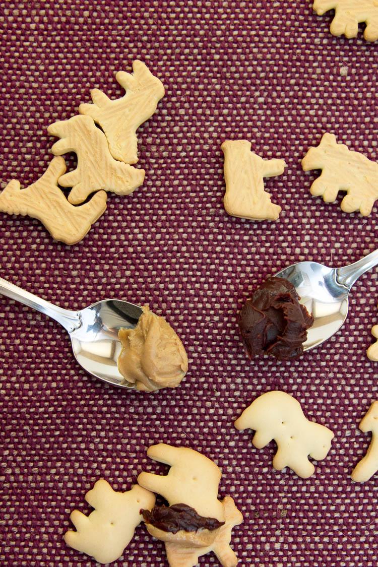 Peanut Butter Chocolate Animal Crackers | infinite.nu