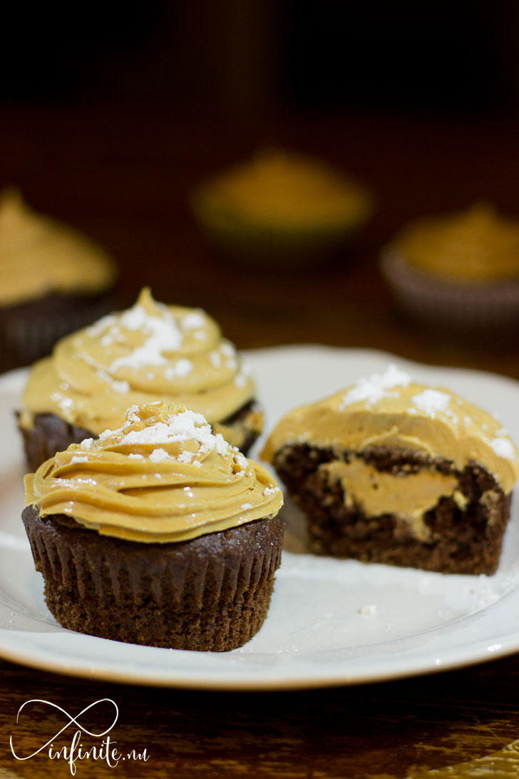 Whipped Peanut Butter Cupcakes | infinite.nu